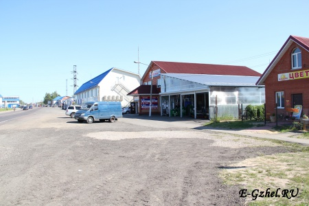 Торговая площадь перед Ново-Харитоново