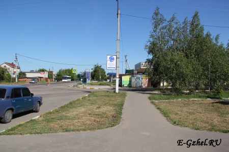 "Перекресток перед автобусной остановкой ""Техникум"""