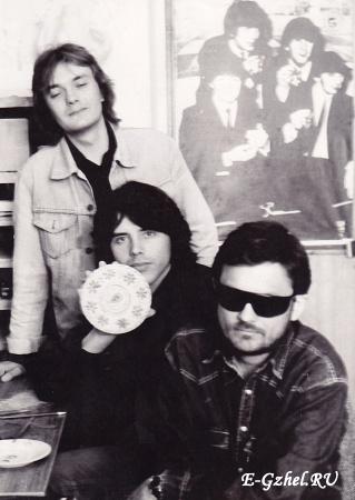 В. Смоленцев,  Д. Ревякин, Ю. Гаранин в мастерской Юрия Гаранина, 1992 г.