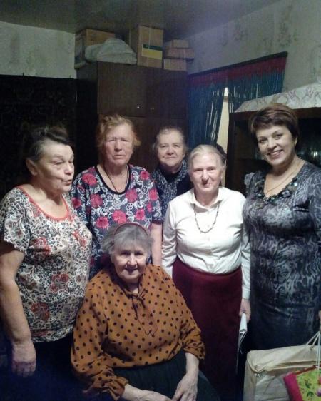 Поздравляем с 90 - летним юбилеем Стрелкову Зинаиду Владимировну!
